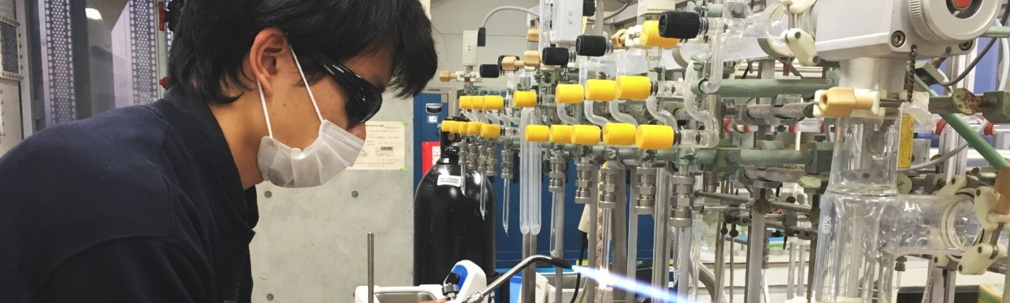 Research intern Matthew Teh working as a radiocarbon scientist in the AORI sample preparation lab